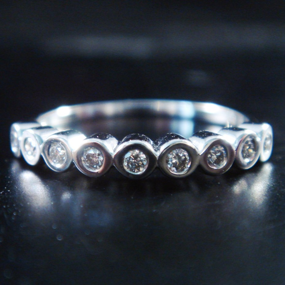 แหวนทอง 9 เค ฝังเพชร